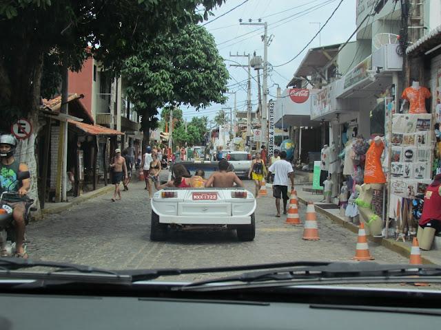 Street Pipa Beach