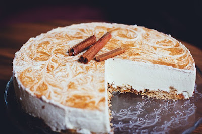Cinnamon Cheesecake with Almond-Flour Crust