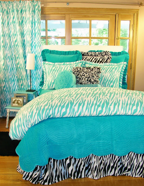 Beautiful Enticing Floral Pattern Turquoise Bed Sheet In Casual White Bedroom With Traditional