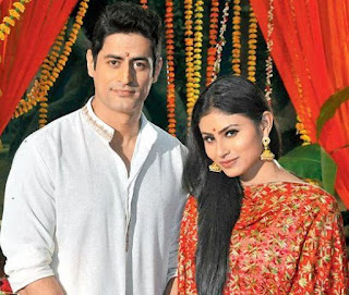 Mohit Raina Family Wife Son Daughter Father Mother Marriage Photos Biography Profile.