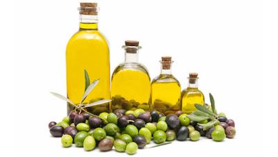 Benefits-of-olive-oil-for--skin ما هي فوائد زيت الزيتون للبشرة