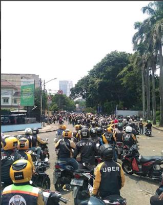 Uber Resmi Hengkang Dari Asia Tenggara, Grab Ambil Alih - Blog Mas Hendra