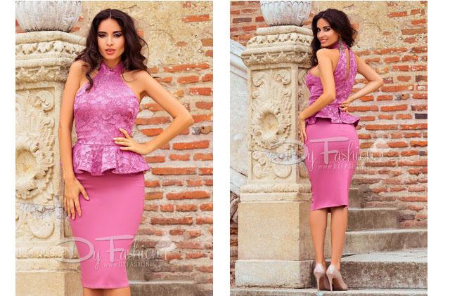 Rochie eleganta de zi din dantela roz decupata la spate