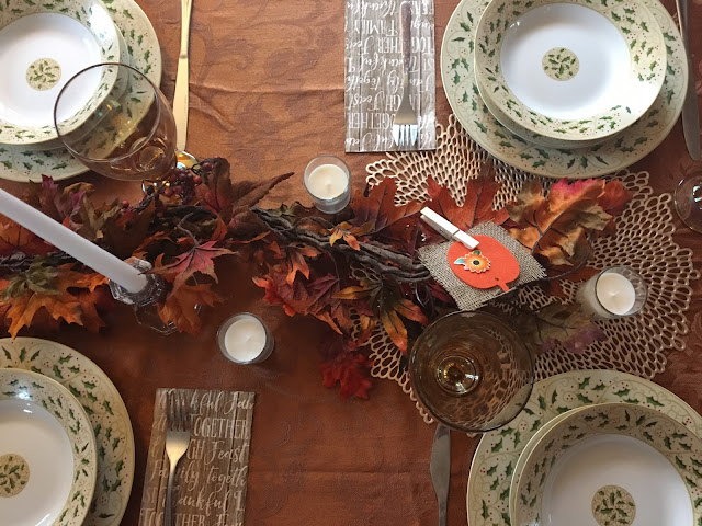 Thanksgiving Tablescape | A Hoppy Medium