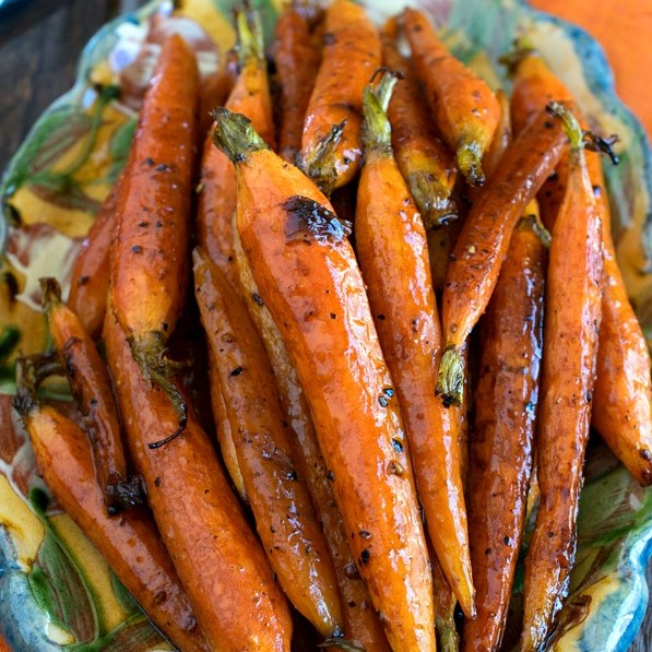 Tuscan-Style Roasted Carrots #vegetarian #healthyrecipe