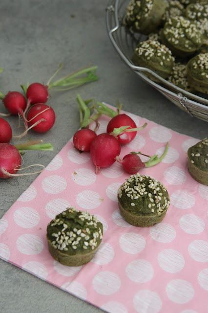 Cuillère et saladier : Muffins aux fanes de radis (vegan)
