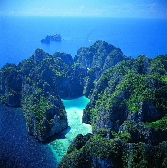 Phi Phi Resort: Curiosidades Del Mundo: Isla Phi Phi, Tailandia. Hoteles