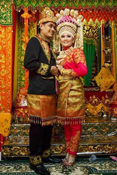 Gambar Motif Pakaian Adat Aceh 2