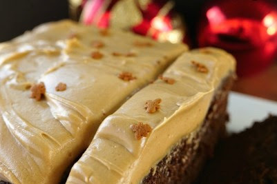 GINGERBREAD CAKE WITH CINNAMON MOLASSES FROSTING #valentine #recipes