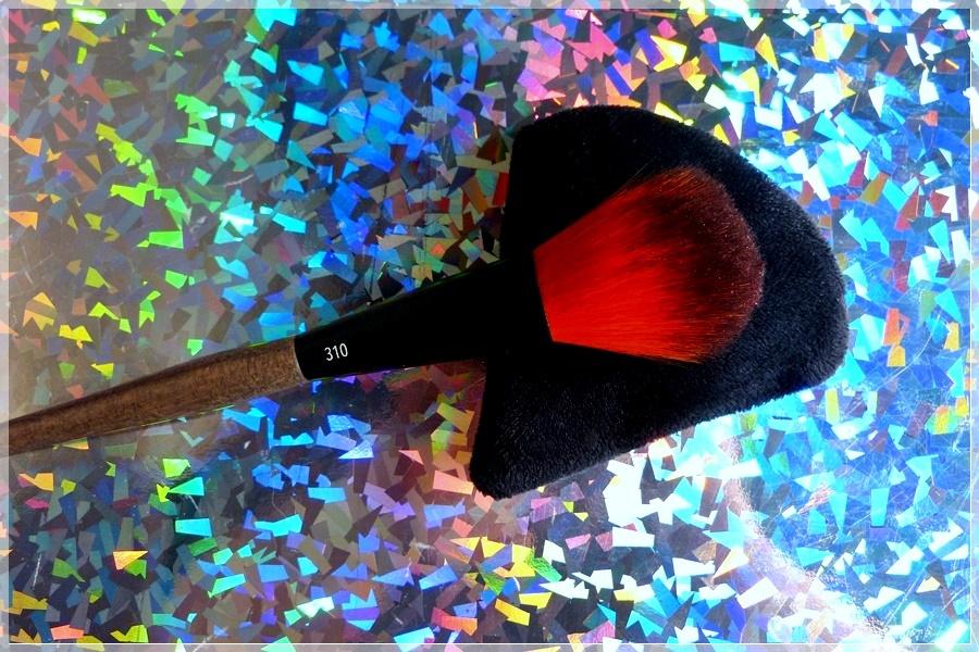 Linda Hallberg Finishing brush review