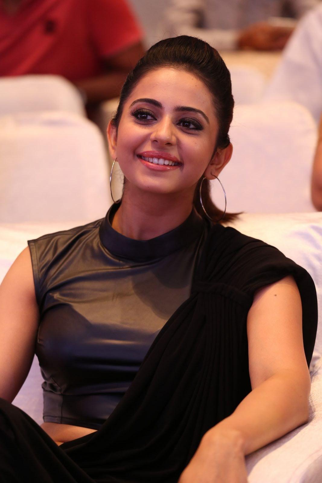 Actress RakulPreetSingh Latest HD Images