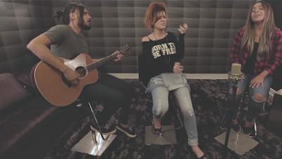 """Nova contratada da Sony Music grava com Gabriela Rocha: """"Digno é o Senhor"""""""