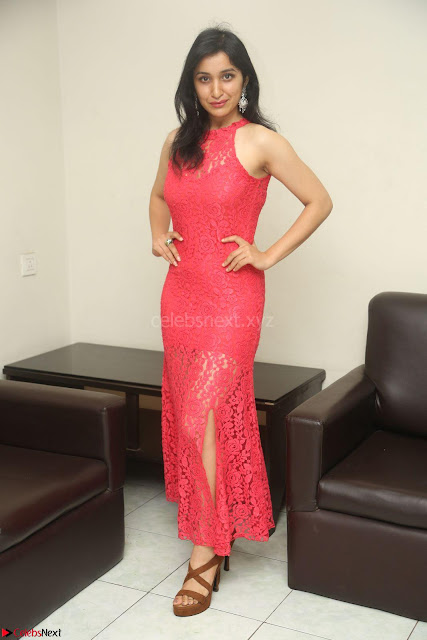 Sakshi Kakkar in Red Legsplit Sleeveless Gown at Dare movie Press meet ~  Exclusive 005.JPG