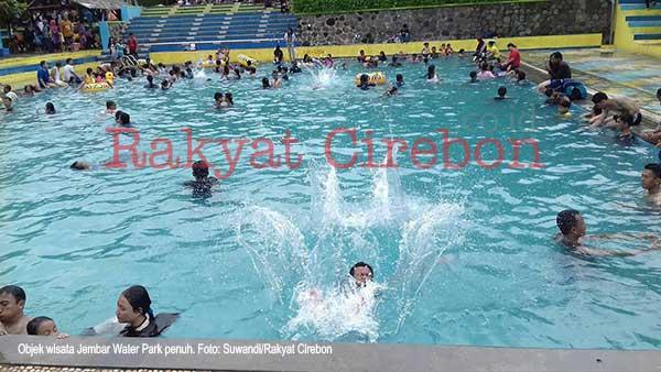 objek wisata jembar water park majalengka padat