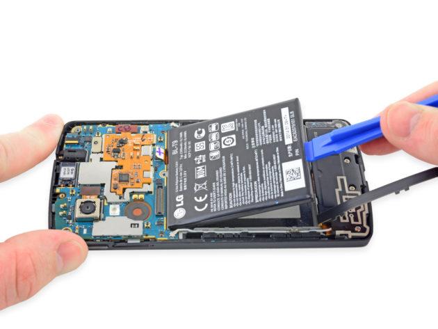 - قم بتغيير الكابل أو مصدر التيار الكهربائي أو البطارية