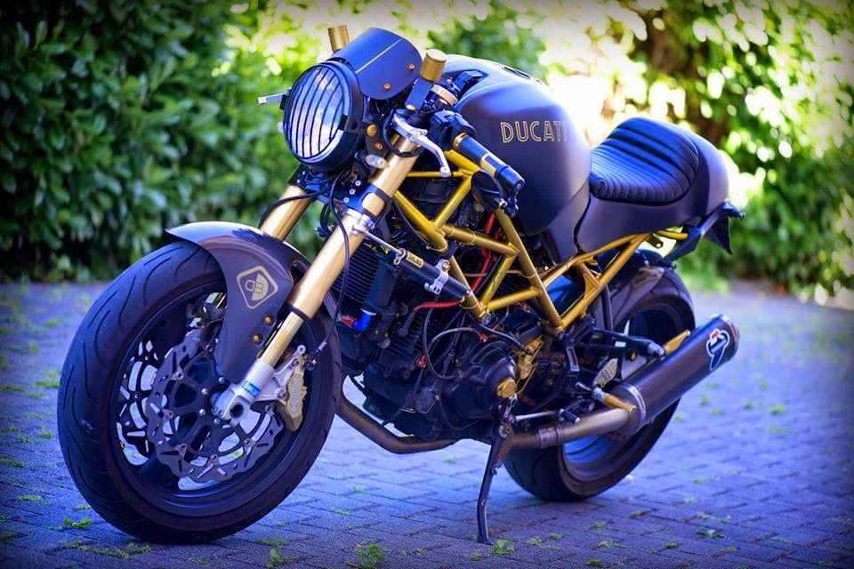 Mostro Nero Rocketgarage Cafe Racer Magazine