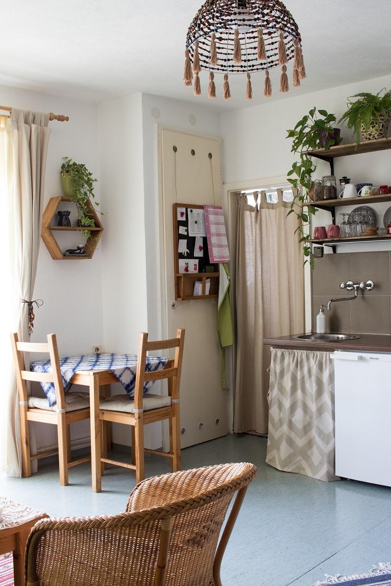 home tour mein wohnzimmer im boho look green bird. Black Bedroom Furniture Sets. Home Design Ideas