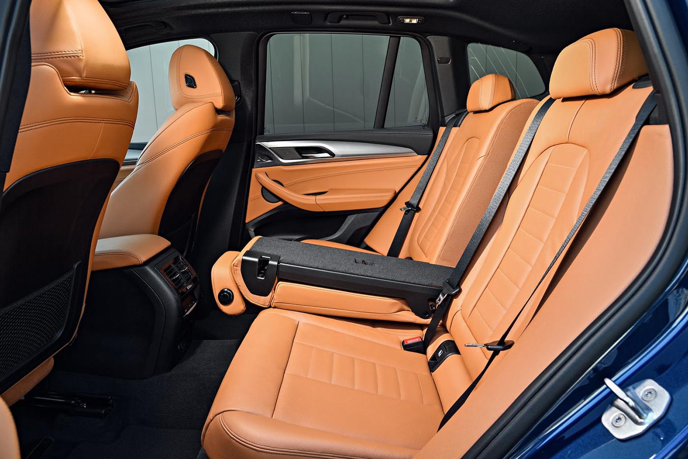 Nội thất BMW X3- Mẫu Xe 5 Chỗ BMW X3 Đời Mới 2019-2020 Ra Mắt Việt Nam Bao Nhiêu, CHÍNH THỨC RA MẮT, GIÁ XE BMW X5 ĐỜI MỚI NHẤT 2019 BAO NHIÊU TIỀN, KHI NÀO BMW X3 VỀ VIỆT NAM, GIÁ XE BMW 5 CHỖ GẦM CAO SUV X3 320I