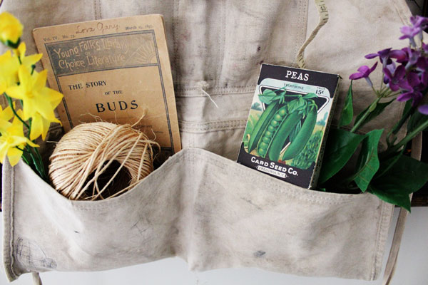 Spring Garden Apron Decor Project From Itsy Bits And Pieces Blog