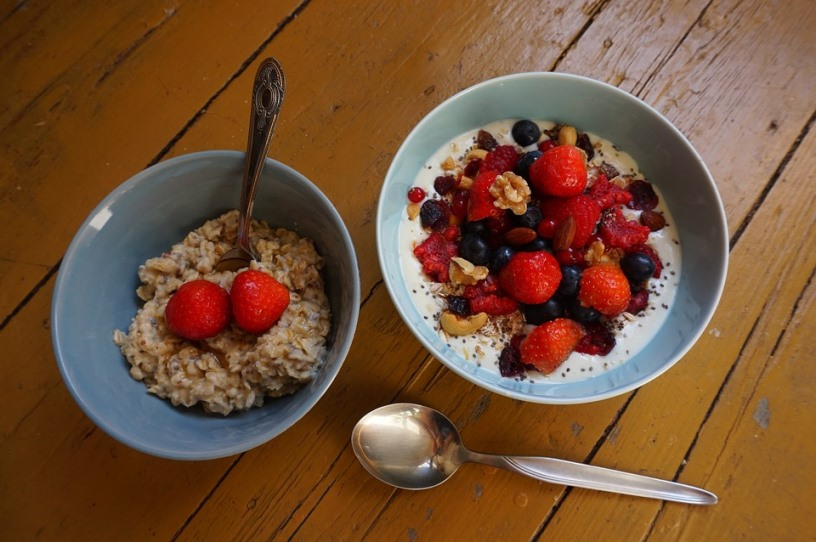 Oatmeal And Cereal For Healthy Breakfast Pixibay Image