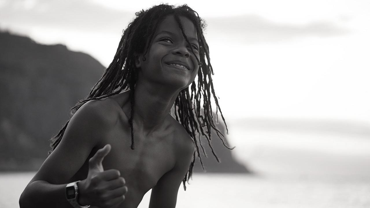 photo-enfant-souriant-heureux