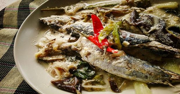 Ginataang Paksiw Na Galunggong Recipe