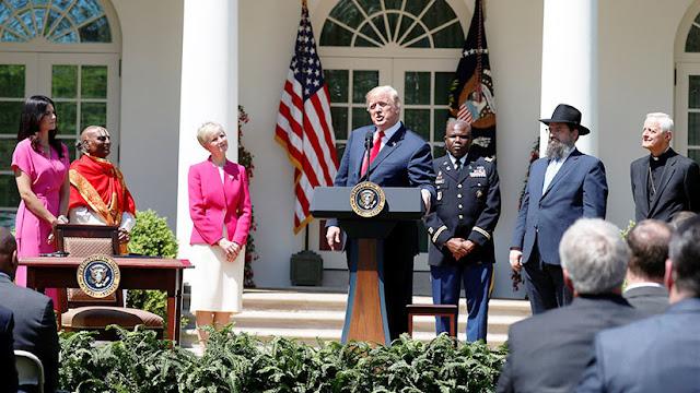 Trump afirma que ya hay fecha y lugar para su reunión con Kim Jong-un