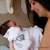la importancia de los abrazos en bebés blog mimuselina