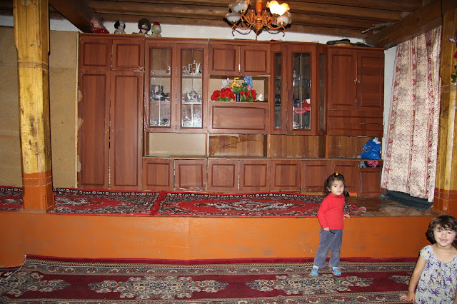 Tadjikistan, Haut-Badakhshan, Khorog, Pamir, maison pamiri, © L. Gigout, 2012
