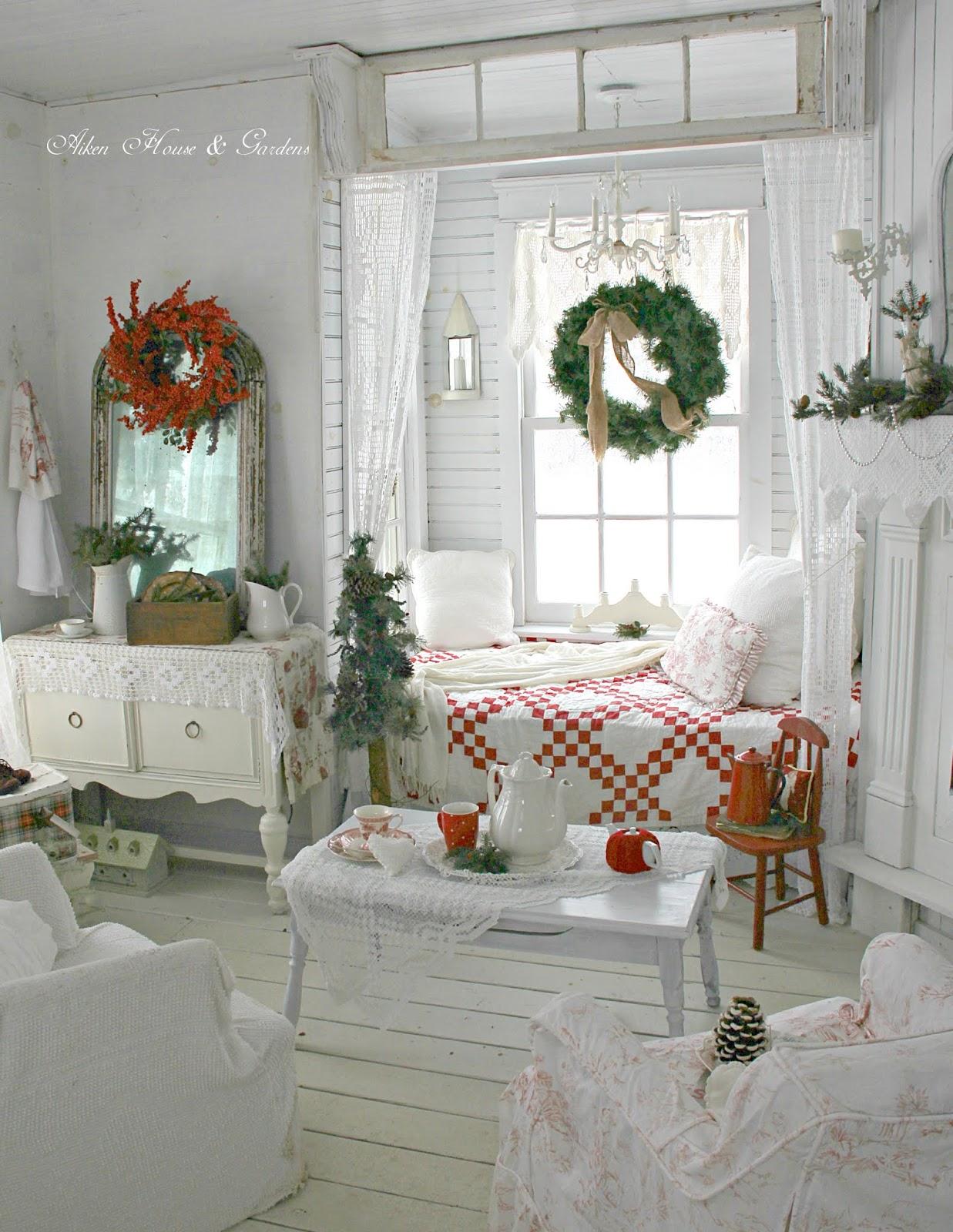 Aiken house gardens a white christmas for Aiken house