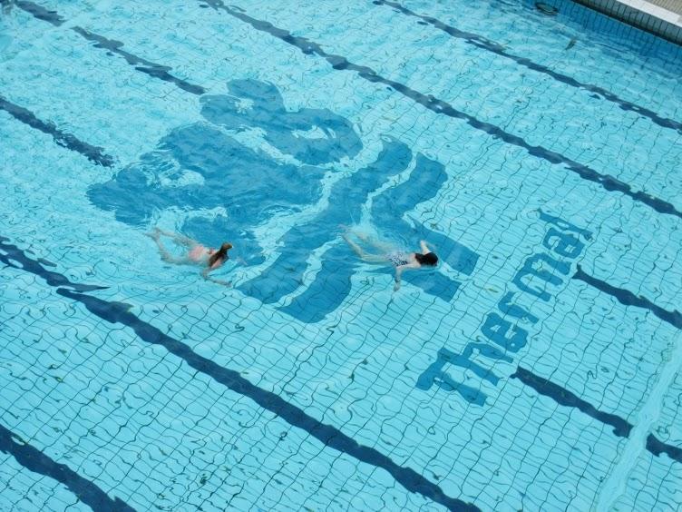 swimming pool, Thermal, karlovy vary, kviff, mff kv, filmový festival