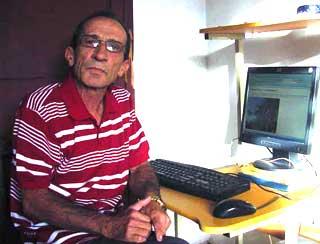 Hernán Bosch, en la actualidad, aunque jubilado sigue colaborando con varios medios.