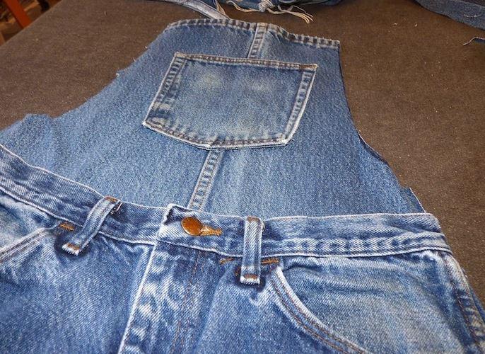 Mandiles de cocina reciclando jeans que no se usan ~ Mimundomanual