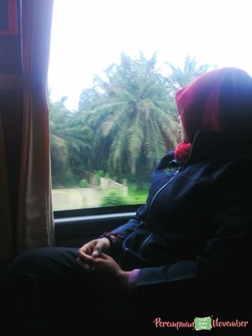 sleep on the bus