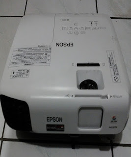 Tempat Persewaan LCD Projector Epson, Infocus, Proyektor