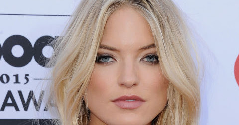 Martha Hunt's Piecey Waves Latest Hairstyle