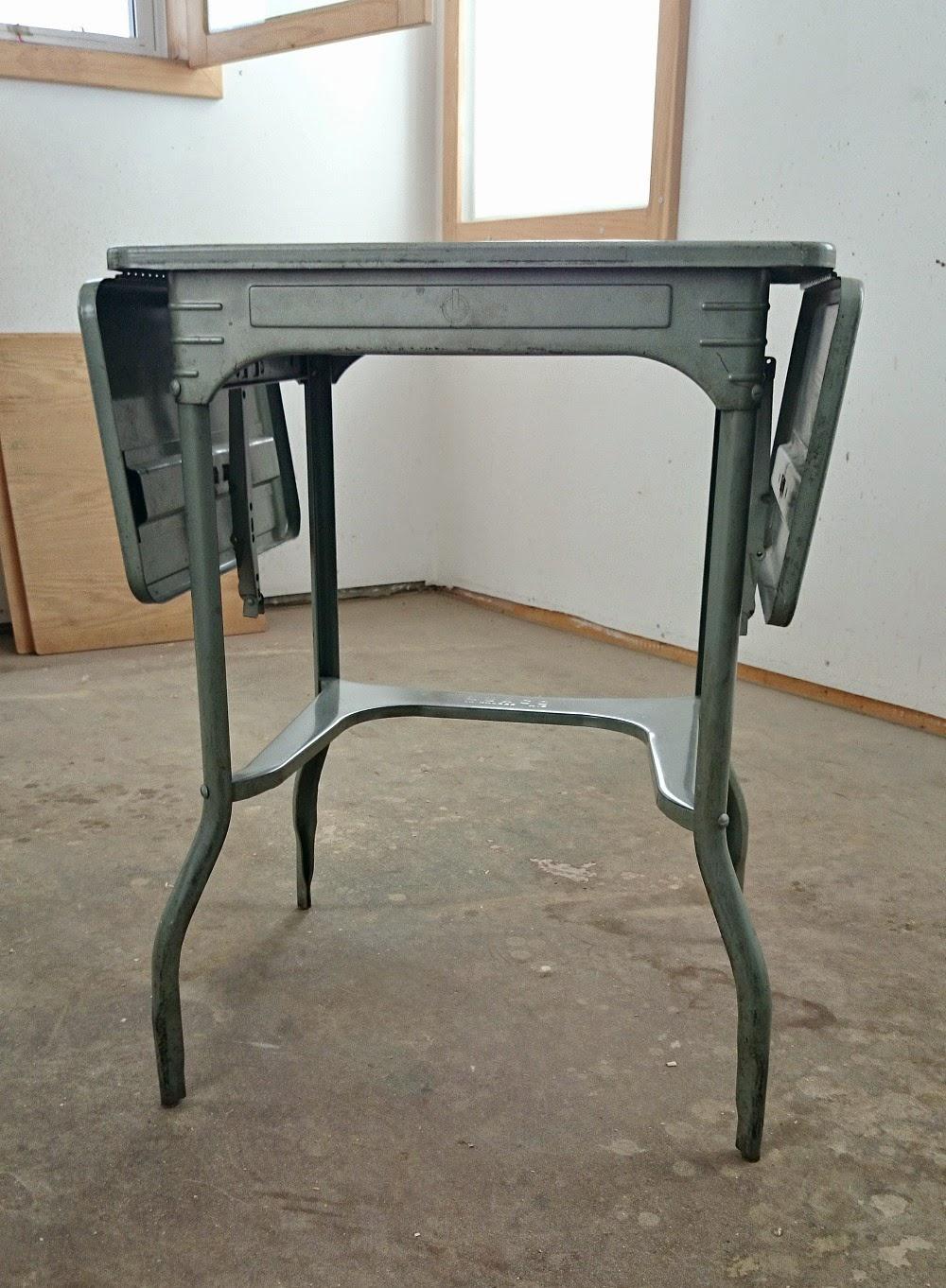 vintage tpewriter table