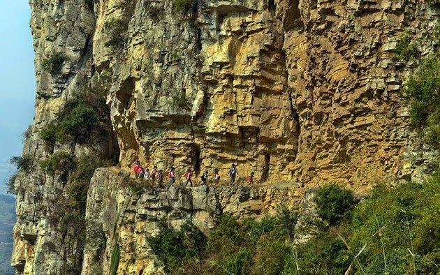 5-Hour Journey Into The Mountains On A 1ft Wide Path Gulu, China
