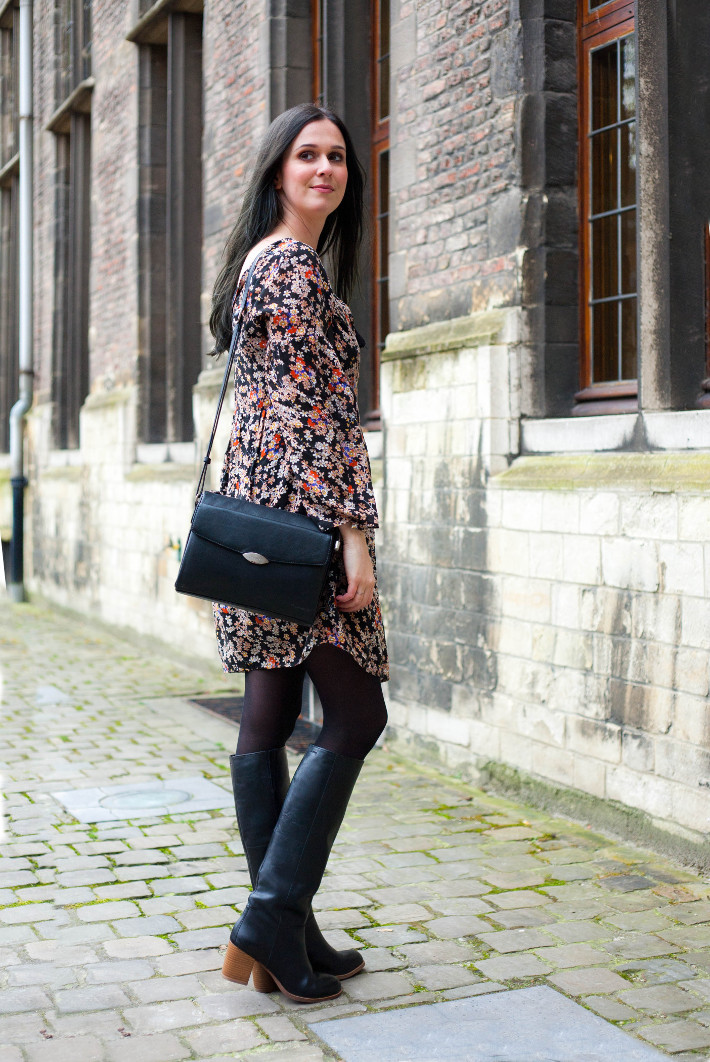 Outfit: 70s in peasant style floral dress and knee boots