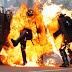 Duros enfrentamientos en manifestaciones del 1 de mayo en París
