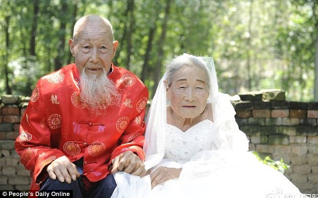 http://www.liataja.com/2016/07/menikah-80-tahun-yang-lalu-akhirnya.html