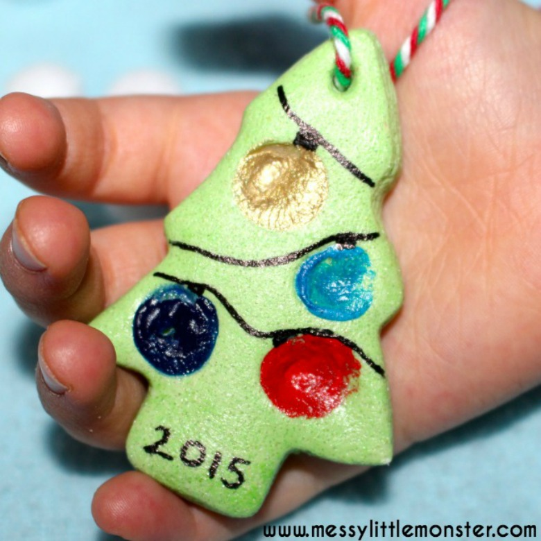 Fingerprint christmas tree. Fingerprint ornament. Salt dough ornament recipe.