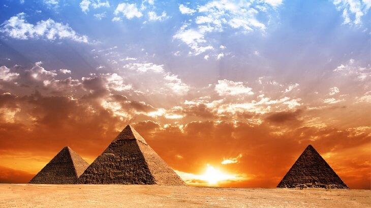 موضوع تعبير عن مكانة مصر بين الدول 2019