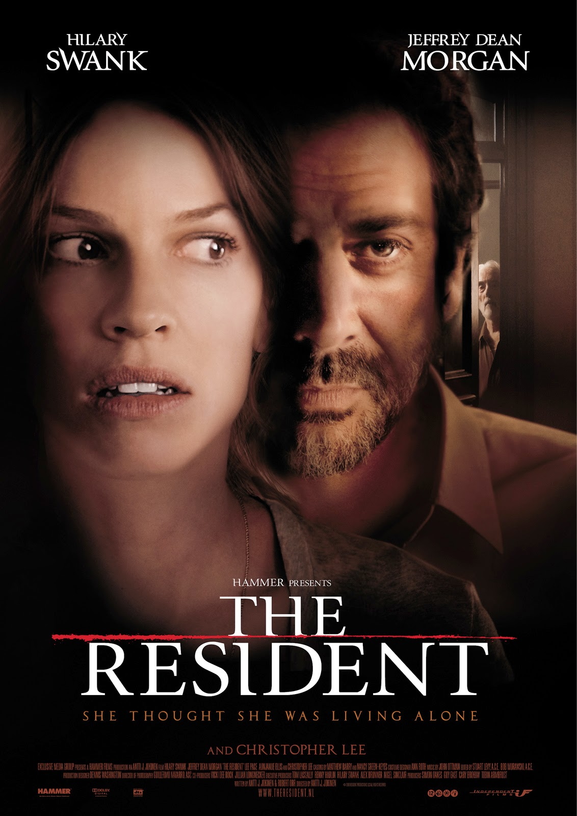 The Resident (2011) ταινιες online seires oipeirates greek subs