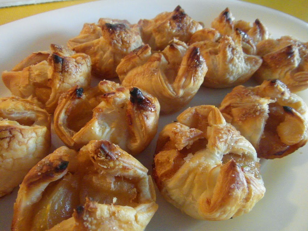 Easy Apple Puffs. Low fat and delicious!