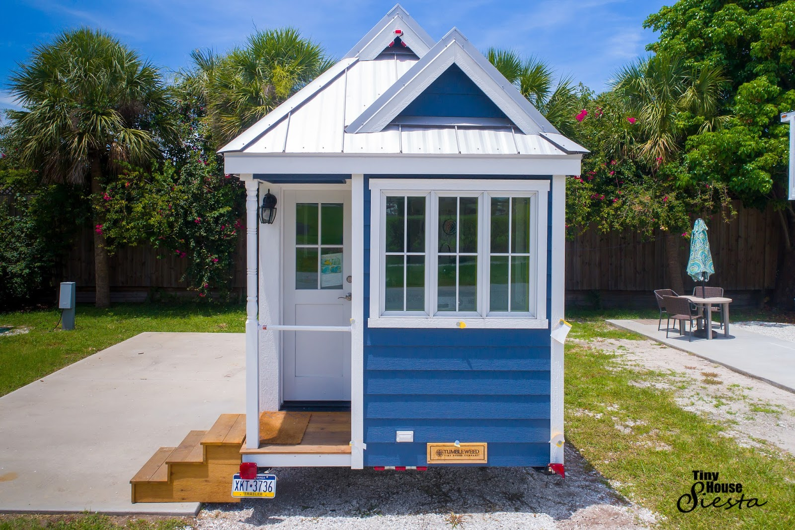Tiny house town the eleanor at tiny house siesta for Small homes in florida