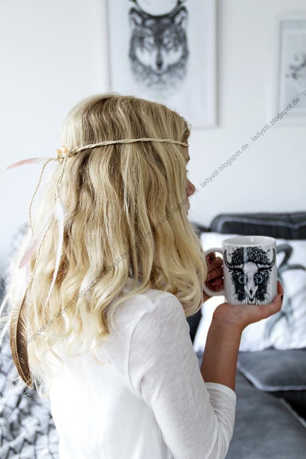 Urlaubsfeeling mit Wandbildern und Dekokissen in die eigenen vier Wände bringen, Auszeit nehmen oder einfach mal tagträumen, DIY Feder-Stirnband,