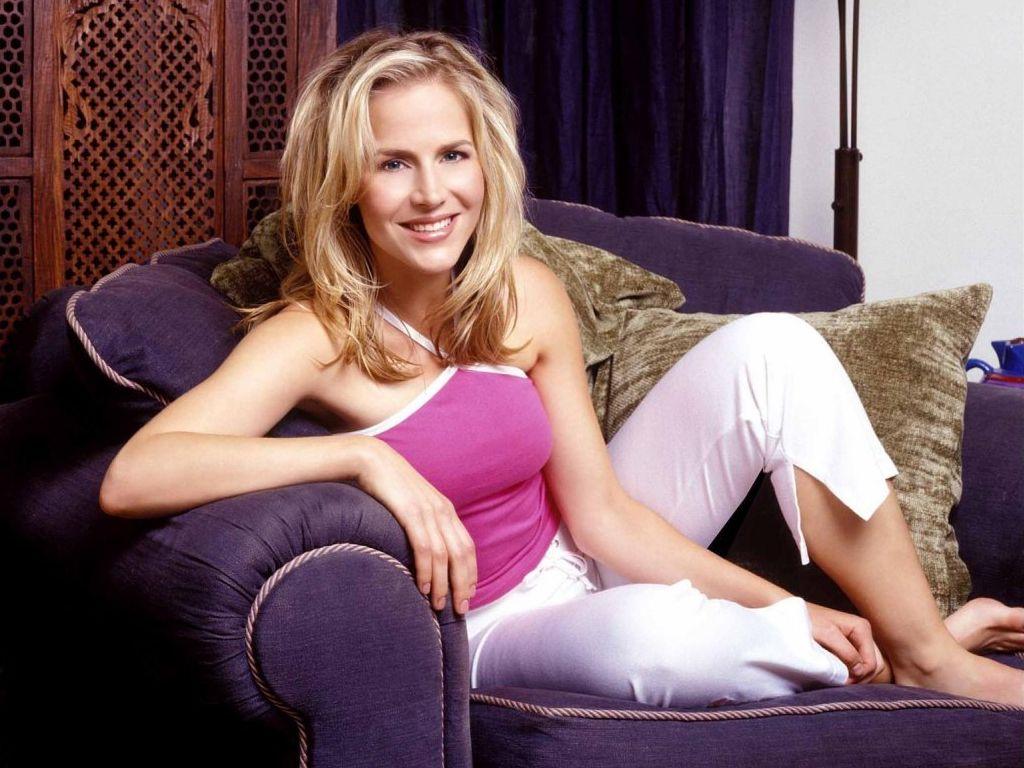 Kristen stewart nude scene in personal shopper scandalplanet 10