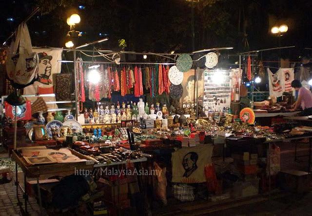 Stalls Temple Street Market