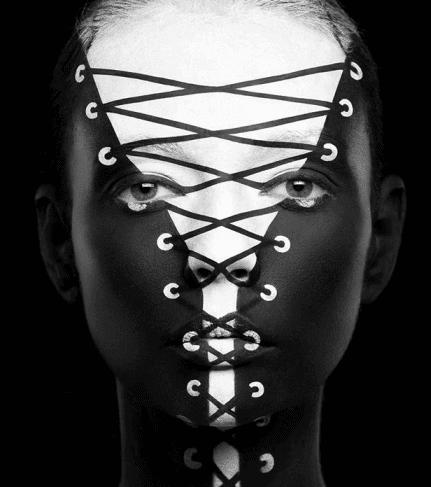 مكياج الوجه للخدع البصرية